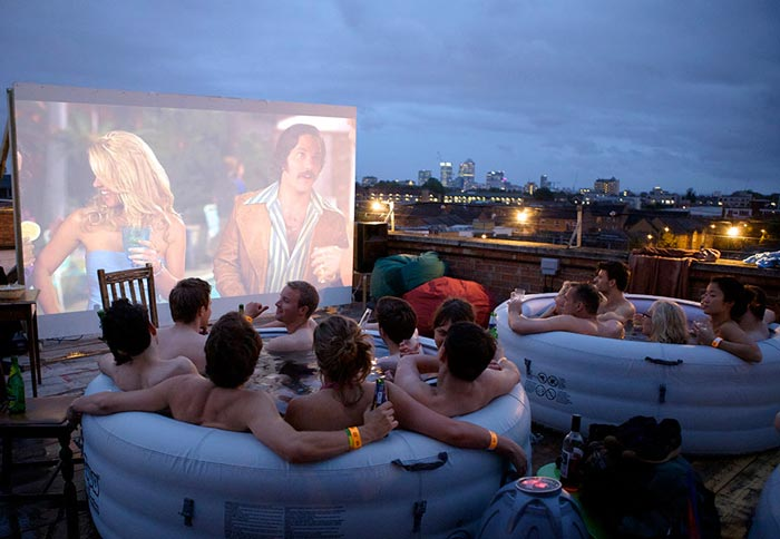 hot_tub_rooftop_cinema_rockwell_house_london_1